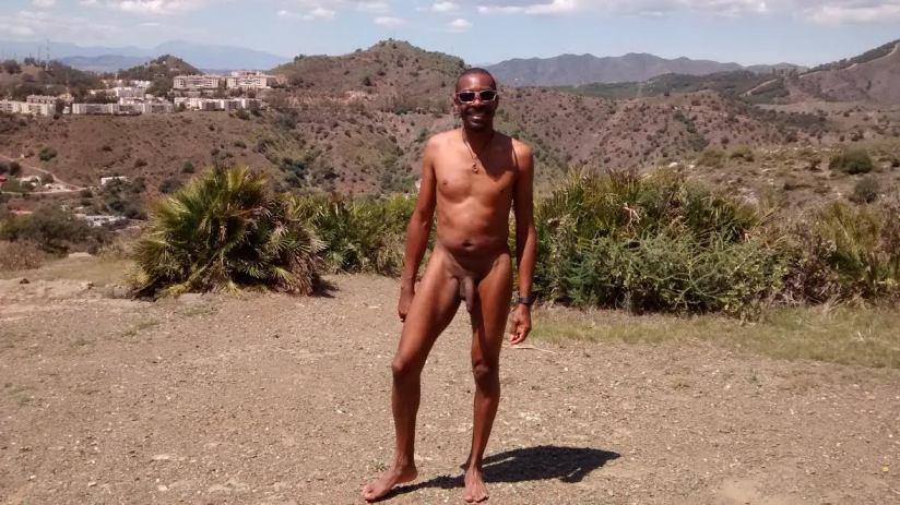 """Interview: Kenn of """"Gay Black Nudist""""Blog"""