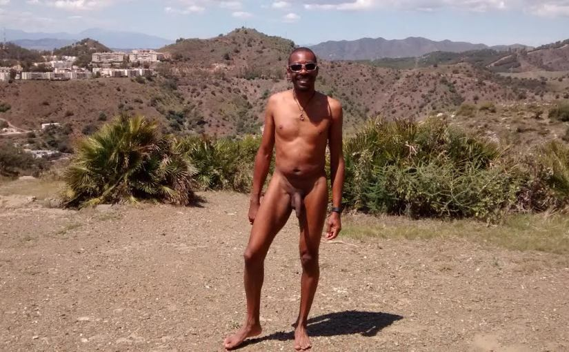 "Interview: Kenn of ""Gay Black Nudist"" Blog"