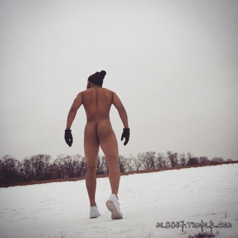 S'Naked!