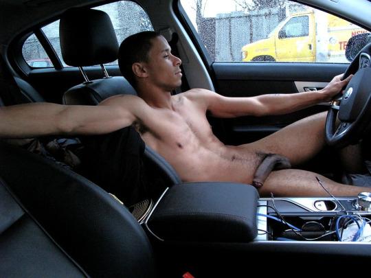 DrivingNkdBptz