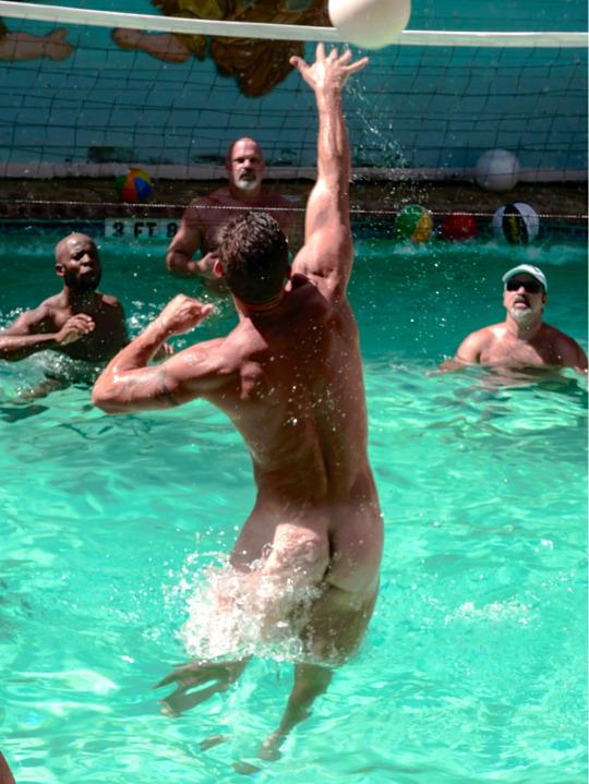VolleyballPoolMxd